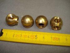 1 raccord boule équerre en laiton, femelle pas 10 mm par 1 mm, avec portée
