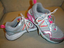 *VERY GOOD COND* NEW BALANCE 695 GIRLS' ATHLETIC SHOES 4 M MEDIUM SILVER / MULTI