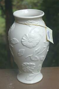 "Lenox Poppy Vase Ivory Embossed Ceramic Gold Trim 10"""