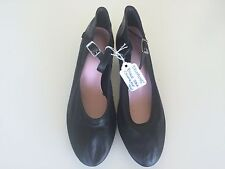 """Dance Character Shoes Black with 1 1/2"""" Heel Size 4W"""