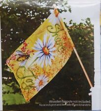 Better Homes and Gardens Large House Flag - Daisys - Share Joy