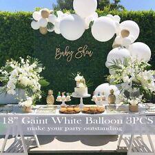 Graduation 2020 White Balloon Arch Kit with Gold Metallic Ballon & Gold Confetti