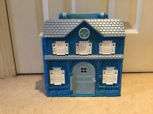 RARE Bear in The Big Blue House Carry Along Playset