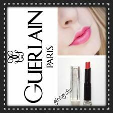 Guerlain rossetto Petite robe noir  n.067 color lampone. Nuovo