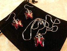 Cristales Austriacos Oro Blanco Enchapado En Oro Rojo Profundo Mariposa Collar Y Aretes