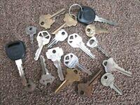 Vintage Lot of 17  Keys