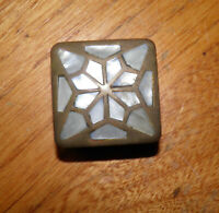 """Vintage Beautiful Inlaid Mother of Pearl MOP & Brass Pill Box - 1.5"""" square"""