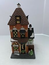 Department 56 Christmas In The City Series Potter's Tea Seller
