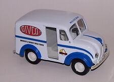 Ertl 1950 Divco Club Milk & Ice Cream Delivery Truck Diecast Bank Vehicle NIB