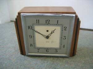Vintage Smiths Electric Wood Cased Art Deco Mantle Clock - Spares or Repair