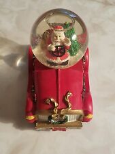 Vintage 1999 Father Christmas Santa Tree in Car Snow Glass Water Globe Red