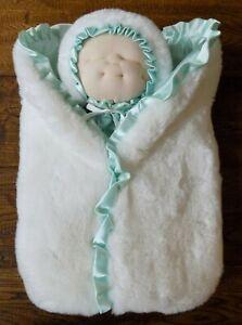 Dakin Kari Me Baby Doll Hand Puppet Plush 1983 Marilyn DePew White Teal Green