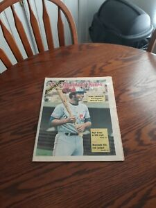 MAY 25,1974-THE SPORTING NEWS-KEN SINGLETON OF THE MONTREAL EXPOS(MINT)