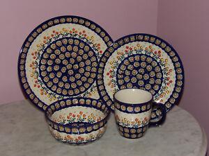 Polish Pottery 16 PC Dinnerware Set! UNIKAT Signature Lucy Pattern!
