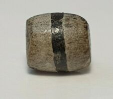 ANCIENT RARE INDO-TIBETAN ETCHED AGATE SINGLE LINE BEAD