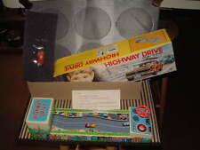 VINTAGE NOS, NOMURA TIN BATTERY OPERATED HIGHWAY DRIVE, FULLY WORKING & COMPLETE