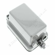 New Leviton Gray Raintight-While-In-Use Outdoor Single Receptacle Cover 5978-GY