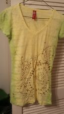 LIME/ YELLOW   APPLE BOTTOMS T-SHIRT SIZE  SMALl