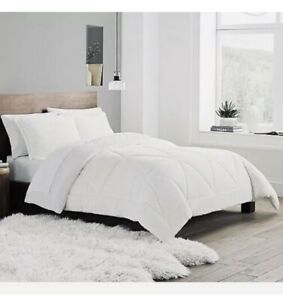 UGG® Avery Twin XL Comforter Set With Sham Snow