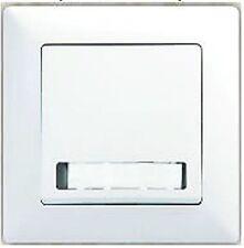 Klingeltaster mit Namensschild, Schalter und Steckdose