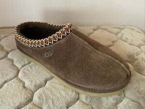 UGG TASMAN CHOCOLATE SHEEPSKIN SLIPPERS #5950 SIZE 11 M