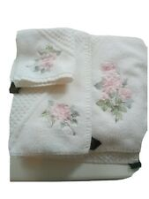 Scottish Hadida Embroidered white Towel Set. Bath, Hand and Facecloth