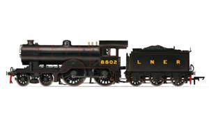 Hornby R3521 D16/3 Class LNER Black 4-4-0 No: 8802 OO Gauge