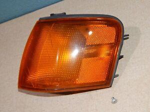 95 96 97 Toyota Tercel Driver Left Front Corner Park Turn Signal Light