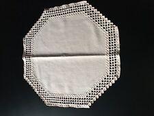 Hardanger-Deckchen, 43 cm x 43 cm, Handarbeit, leicht altrosa