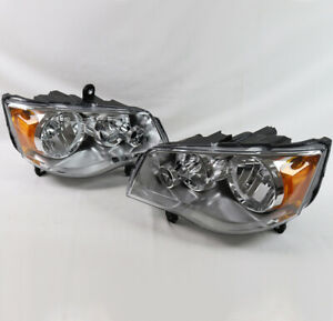 For 08-16 Chrysler Town&Country/11-19 Dodge Grand Caravan Headlights Lamp Used