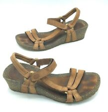 Teva Womens Size 7.5 Leather Strappy Wedge Sandals Sling Back Brown