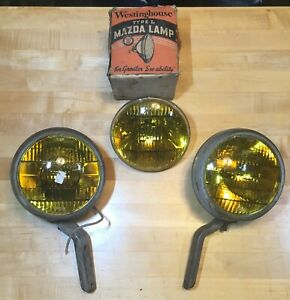 VINTAGE ORIGINAL GUIDE FOG LIGHT SET WITH XTRA BULB = FORD CHEVY BUICK GM