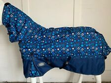 !! CLEARANCE !! AXIOM 1200D FANCY STAR/BLUE 220gm PADDOCK COMBO HORSE RUG - 5' 6