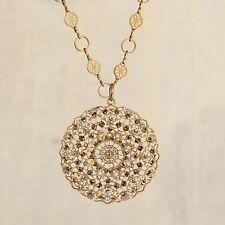 NWT La Vie Parisienne/Popesco Gold Crystal Medallion Pendant Necklace 1120BG NEW