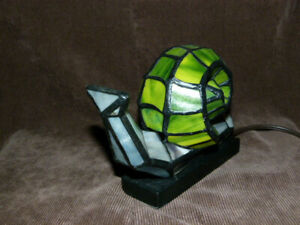 Green Stained Glass Snail Night Lamp for Decor.
