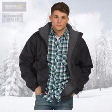 Cappotti e giacche da uomo impermeabili con cappucci marca Regatta