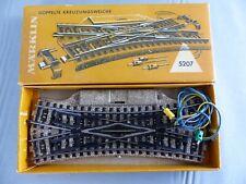 MÄRKLIN Ho aiguillage électriques de croisement ref 5207 + boite MARKLIN