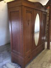 antiker Kleiderschrank, Dielenschrank mit Spiegel 3 türig aus massiver Eiche