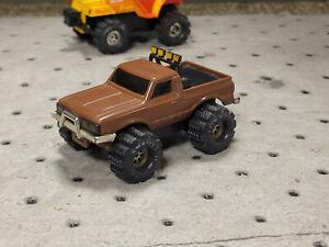 Stompers Datsun 4x4 truck