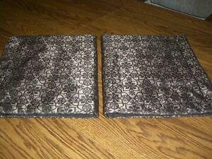 Pair Brown Iridescent Print Padded Standard Pillow Shams/100% Polyester