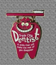 Trade City USA Event Pin - Cheshire Cat - Dentist Office - DISNEY Pin LE 250