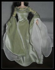 DRESS  BARBIE DOLL LORD OF THE RING LOTR ARWEN GREEN VELVET GOWN COSTUMES