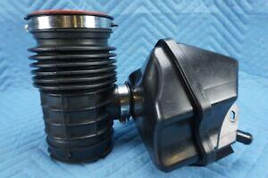 Infiniti QX56 QX80 Air Pipe Throttle Body Duct Assembly 16576-1LA0A OEM