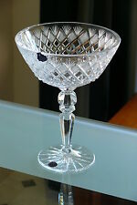 Medium RUSSIAN 24% LEAD CRYSTAL PEDESTAL BOWL / VASE, HAND CUT DIAMOND PATTERN