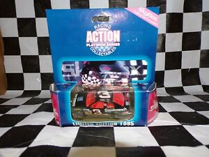 DALE EARNHARDT #3 Goodwrench 1995 1:64 scale Action w/Skybox card NASCAR