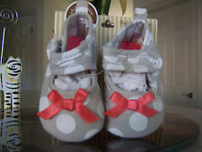CARTERS Baby Girl Light Gray With White Dots Newborn Slippers (NWT)