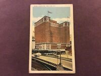 Vintage Postcard - Hotel Commodore,  New York