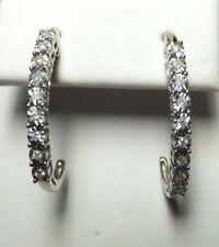 Orecchini con diamanti tondi in argento sterling I1