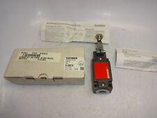 EUCHNER NZ1HS-3131-M SAFETY SWITCH W/ ROLLER LEVER NEW