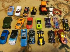 Lot of 20 Loose 1/64 Diecast Cars Trucks Hot Wheels Matchbox